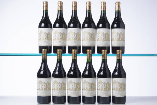 Box of 12 bottles of Château Haut-Brion 1990